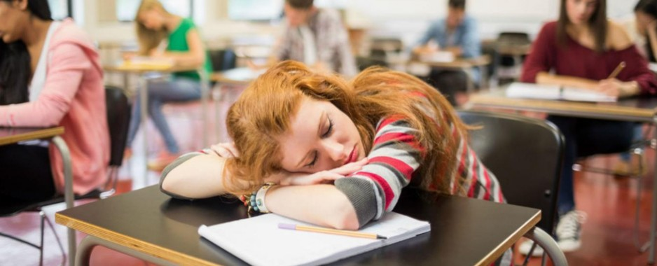 Study: Frequent social media use disrupts sleep, physical activity in teen girls
