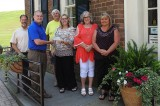 Modern Woodmen Donates to the Town of Dandridge for Flowers
