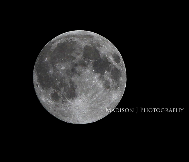 Super Moon 2013 - Photo by Scott Johnson, Madison J. Photography www.madisonjphotography.com