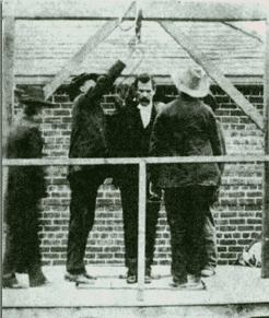 Ketchum on the scaffold before hanging, April 26, 1901, Clayton, New Mexico
