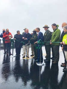 Photo 3_Foothills Parkway Ribbon Cutting 110918